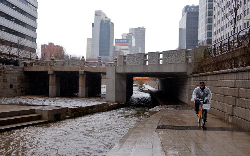 river & bike
