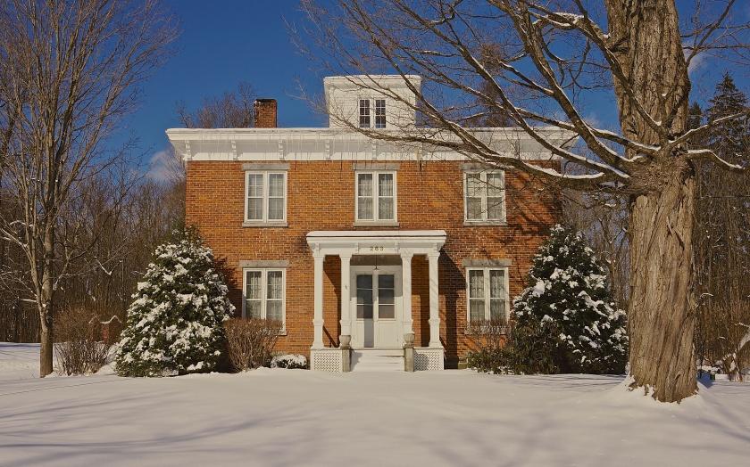 old house & snow saratoga springs